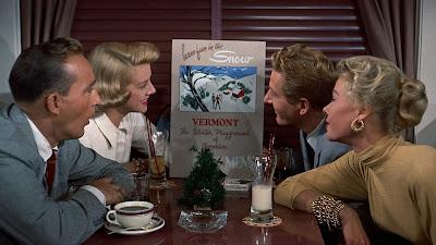 White Christmas 1954 Image 7