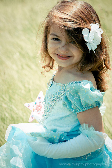 Cute Small Girl Wallpapers For Facebook Suvarnaa Cute Small Girls Pictures