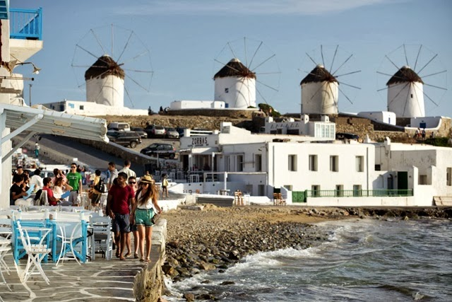 Contiki Holidays Mykonos Greece