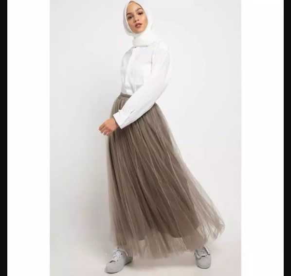 Use a Tulle Skirt