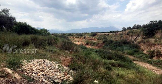 Σοβαρή εξέλιξη στην εξαφάνιση του Θάνου Ακρίβου στο Άργος - Βρέθηκαν όλα τα ρούχα του σε ερημική δύσβατη τοποθεσία (βίντεο)