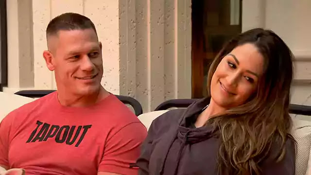6 WWE couples who revoked their engagement