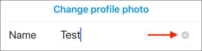 اضغط على أيقونة حذف لإزالة اسم عرض Instagram الحالي الخاص بك.