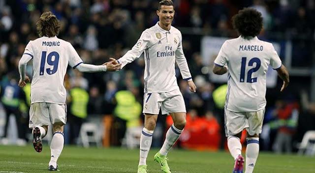 Ronaldo - Real hóa thù: CR7 cõng rắn cắn gà nhà, madridista nổi giận 2