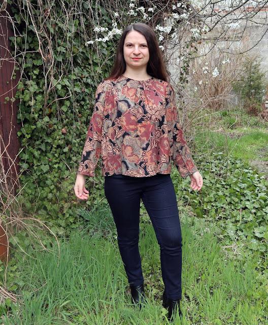 Bluzka w stylu lat 70 i 8 urodziny bloga