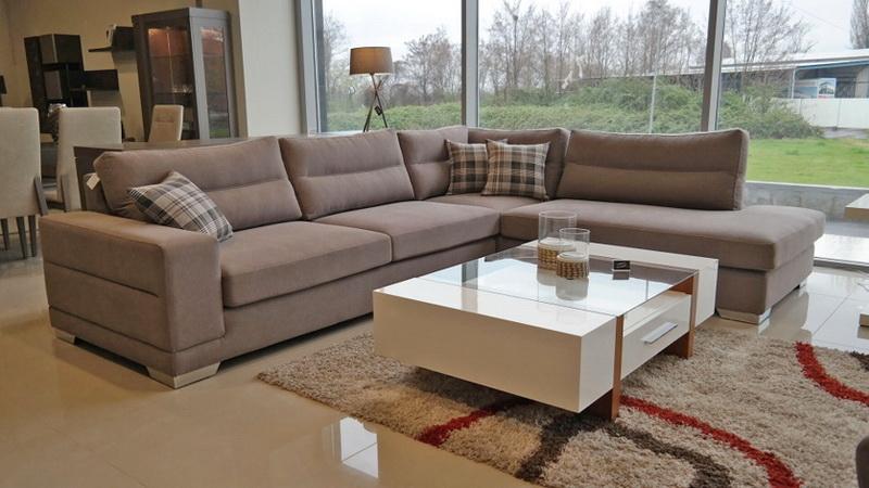 Επιλέγοντας γωνιακό καναπέ