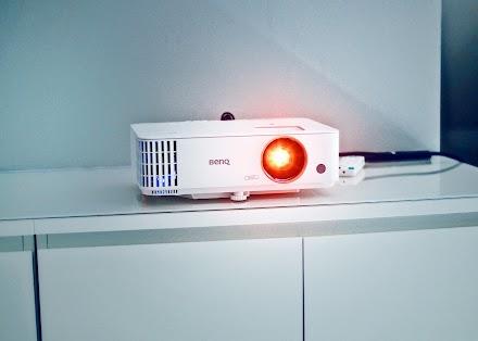 Der neue BenQ Home Entertainment Projektor TH685 | Ein Gaming Beamer im Outdoor-Einsatz | Teil 1