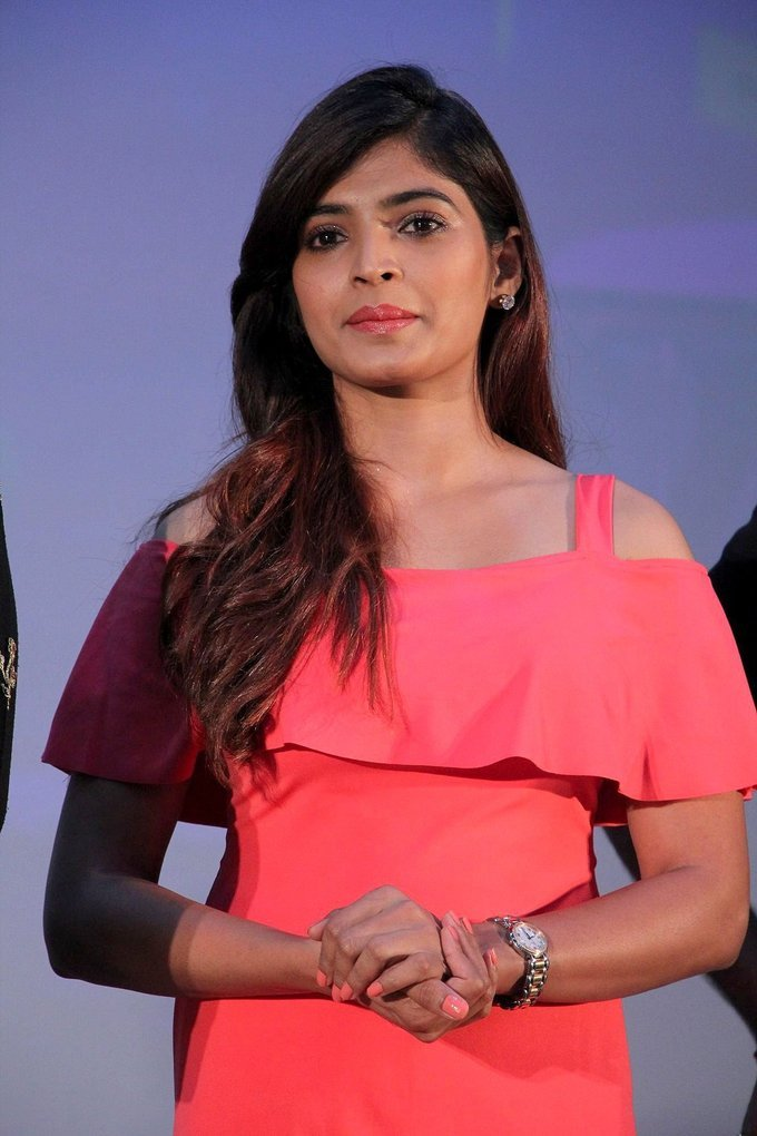 Beautiful Tamil Girl Sanchita Shetty Long Hair Stills In Pink Dress