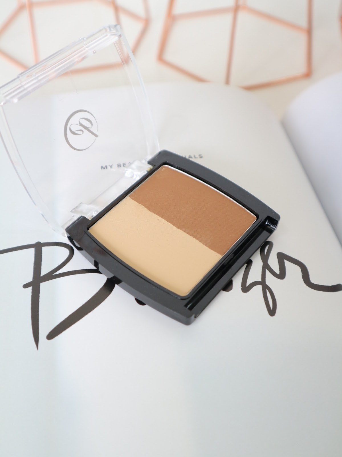Ever Bilena Contour Kit Duo Review and Swatch