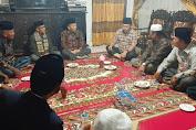 Di Tanah Kampung, Ahmadi Zubir Disambut Hangat Tokoh Masyarakat