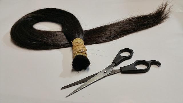 trucos de belleza para pelo con caspa