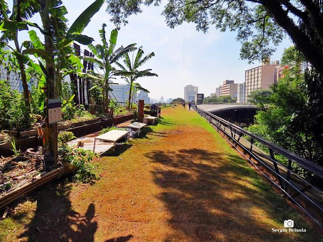 Vista ampla dos Jardins do Centro Cultural São Paulo - Paraíso - São Paulo