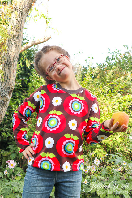 selbstgenähtes Shirt mit Äpfeln von rosarosa