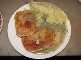 Traditional London Pie and Mash Review