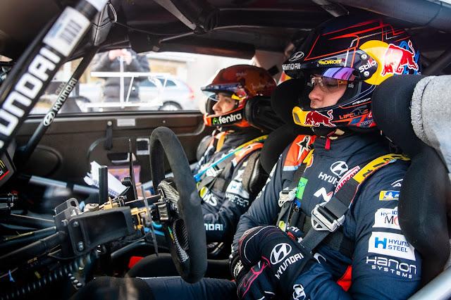 Thierry Neuville In Car Rally Driver Hyundai WRC