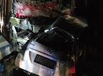 BREAKING NEWS! Tabrakan Bus Intra Vs Mobil Avanza di Jalan Lintas Tebingtinggi-Siantar