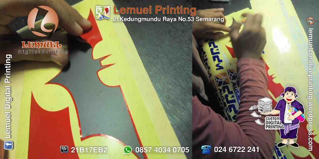 Custom Sticker Cutting Berkualitas by DIGIPRINT
