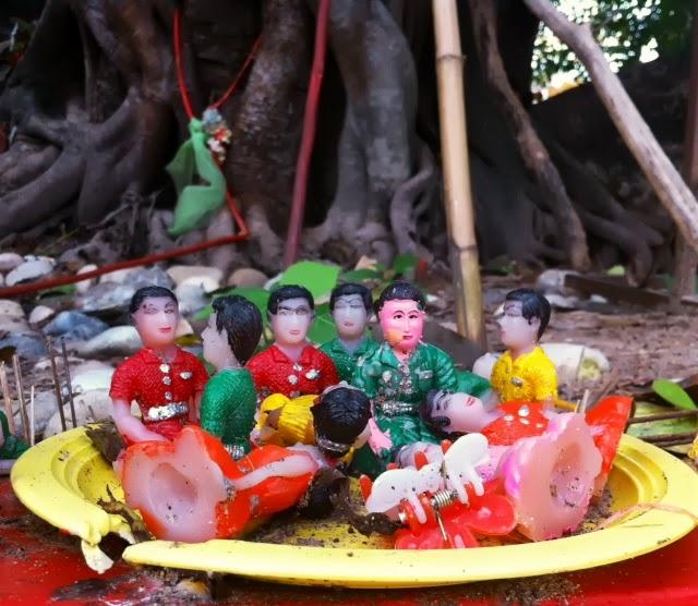 Spirits at Wat That Phanom