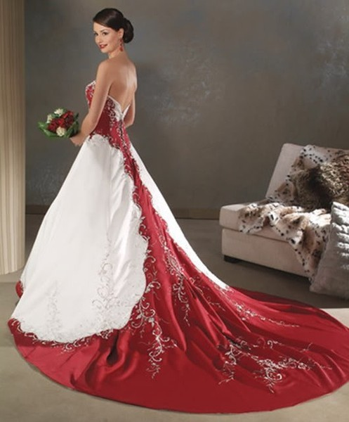Wedding Gowns With Red: Red And White Wedding Dress Designs For Christmas Day