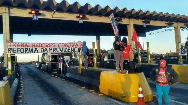 Huelga en Brasil pide renuncia de Temer y anulación de reformas