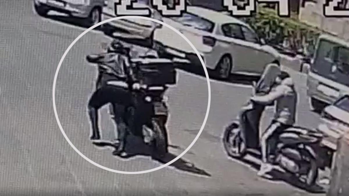 furto motorino via Etnea Falchi San Cristoforo