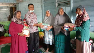 Kepala Jorong Koto Tuo Salurkan Bantuan kepada Korban Kebakaran