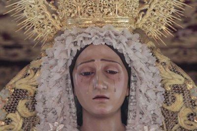 Exposición en la Hermandad de los Favores de Granada