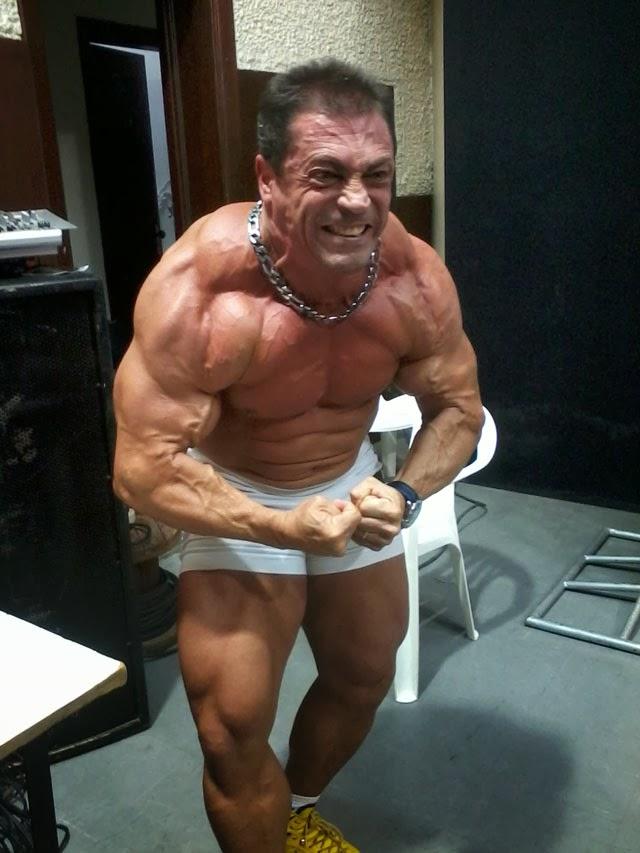 O fisiculturista Fernando Sardinha mostrou o físico musculoso para o público. Foto: Morgana Amaral