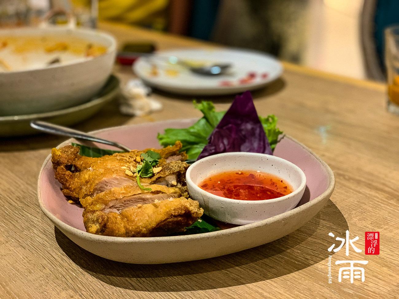 說是泰國炸雞,其實也很台啦!超貴的