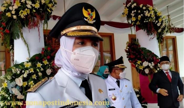 Bupati Banyuwangi Ipuk Festiandani, Akan Bantu Warung Dan PKL Selama PPKM Darurat