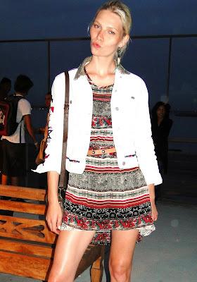 TOPS  A Miss Brasil 2011, Priscila Machado posa para nosso blog e a nossa  diva (como diz Estevão) a top model Aline Weber também e dessa vez fazendo  ... 7d1bfb0ac1