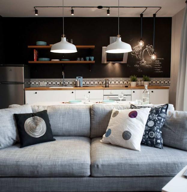 Piccolo appartamento maschile con ispirazione industriale
