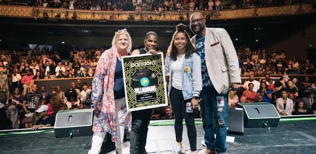 [Stories] Kirk Franklin Receives Billionaire Honor From Pandora