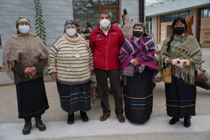 Convenio entre Indap y Conadi para apoyar a más de 800 familias indígenas