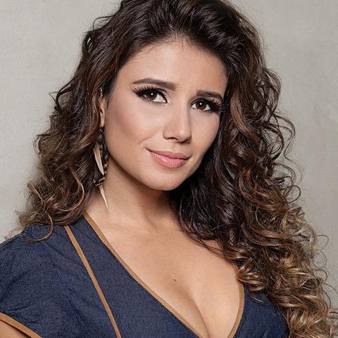 Top 10 Most Beautiful Best Female Latin Pop Singers