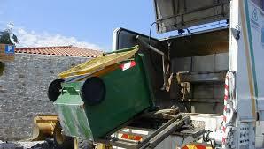 Ιωάννινα:Στάση εργασίας & συγκέντρωση στο  Δημαρχείο ενάντια στην ιδιωτικοποίηση της αποκομιδής απορριμμάτων ...