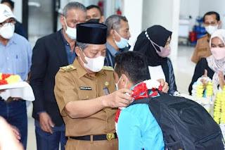 Wakil Gubernur Jambi  Sambut Pahlawan Olahraga Berhasil Dapat Emas Di Pon Papua