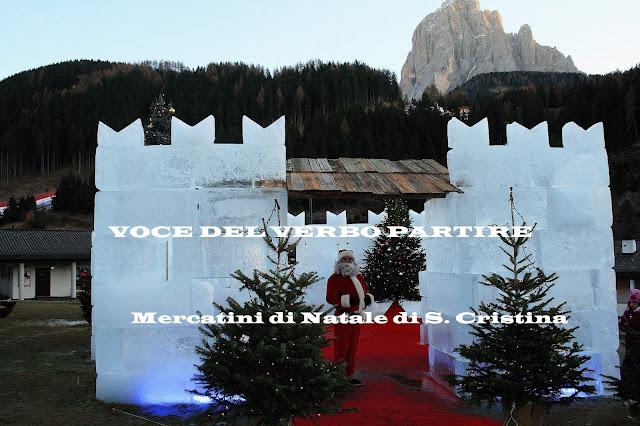 MERCATINI DI NATALE SULLE DOLOMITI CASTELLO DI GHIACCIO