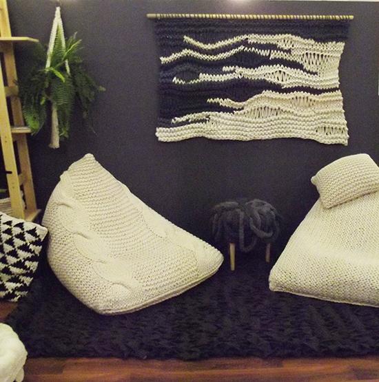 puffs, trico, crochê, decoração, a casa eh sua, sala decorada