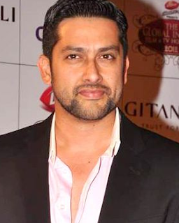 Aftab Shivdasani wife, movies, age, sadhana shivdasani and relation, family, upcoming movies, marriage, wife name, religion, wedding, all movies, films, wife of, nin dusanj, songs, children, wife photos