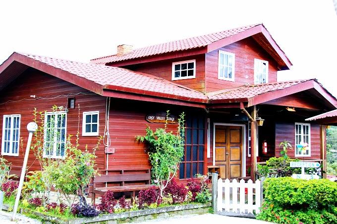 Menikmati Hujan, Teh Panas Dan Akinabalu Di Mile 36 Lodge, Kundasang