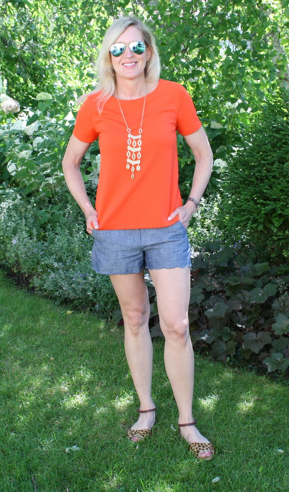 Easy Summer Outfit - Scalloped Shorts