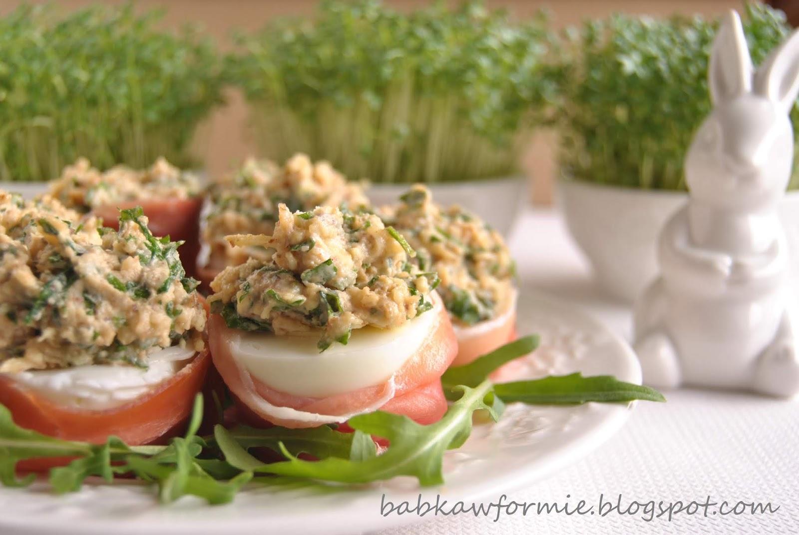 jajka faszerowane rukolą i orzechami babkawformie.blogspot.com