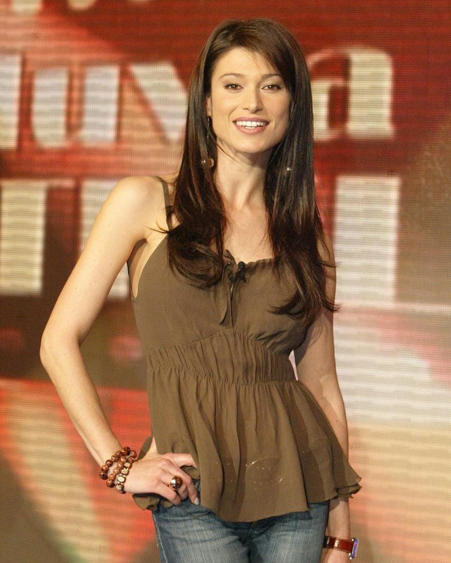 Sonia Ferrer cewek manis dan imut hot banget