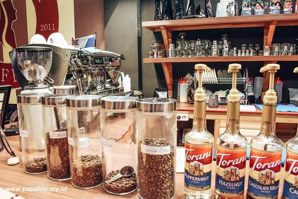 tempat-nongkrong-di-kota-palu-asik-buat-penikmat-kopi