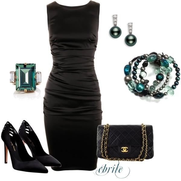 Como combinar un vestido negro para fiesta
