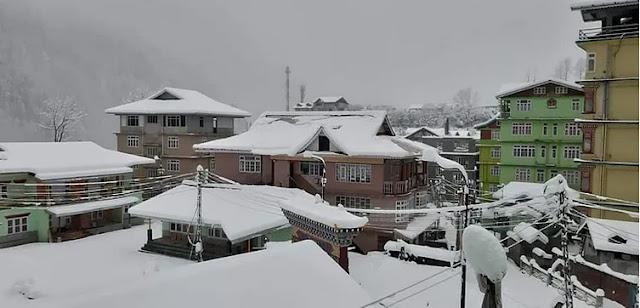 Snowfall in Darjeeling Sikkim