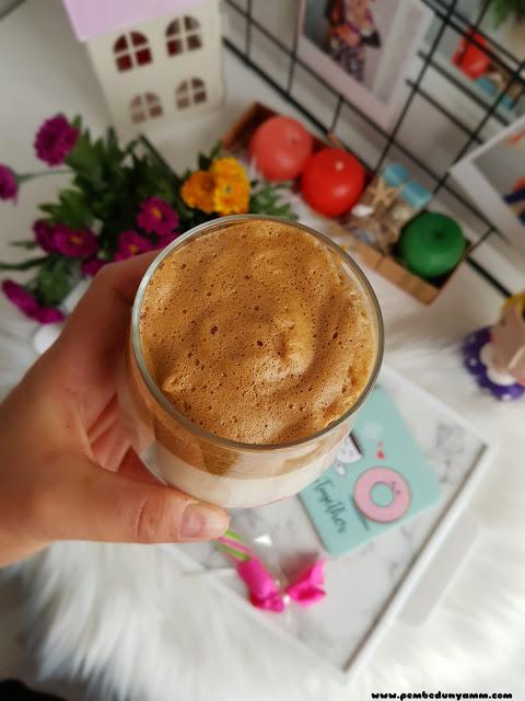 Dalgona kahvesi nasıl yapılır