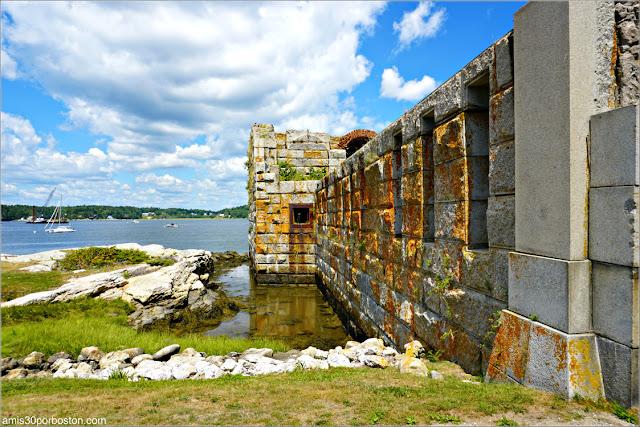 Exterior del Fuerte Fort Popham en Phippsburg, Maine