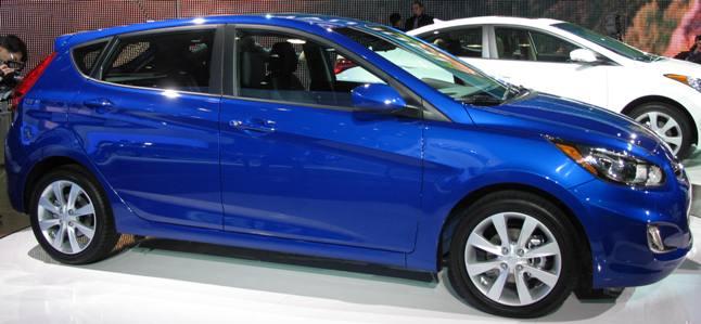 Saxton On Cars: New York Auto Show: 2012 Hyundai Accent